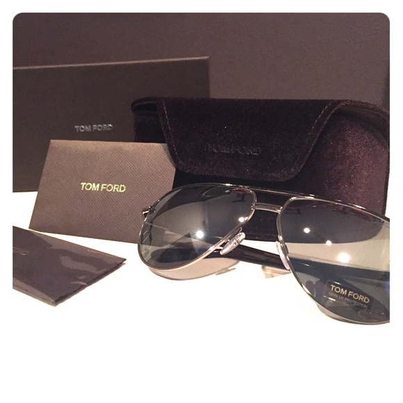 Tom Ford Other - Tom Ford Authentic Aviator Sunglasses